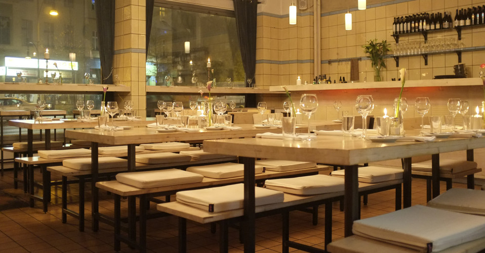 fleischerei berlin restaurant bar grill. Black Bedroom Furniture Sets. Home Design Ideas